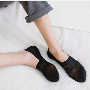 Ladies non slip socks